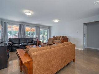 Photo 12: 6315 ORACLE Road in Sechelt: Sechelt District House for sale (Sunshine Coast)  : MLS®# R2536883