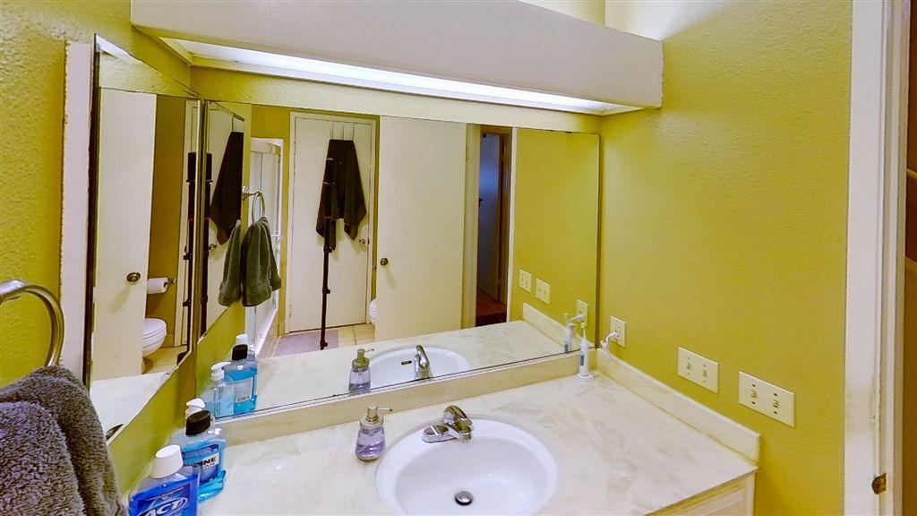 Photo 12: Photos: Condo for sale : 2 bedrooms : 7940 University Ave in La Mesa