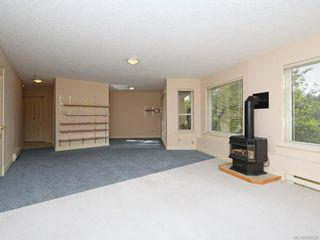 Photo 19: 3 1 Dukrill Rd in View Royal: VR Six Mile Row/Townhouse for sale : MLS®# 845529