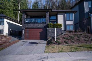 Photo 1: 5450 MACLACHLAN Place in Chilliwack: Promontory House for sale (Sardis)  : MLS®# R2476473