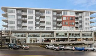 Photo 2: 604 1311 Lakepoint Way in : La Westhills Condo for sale (Langford)  : MLS®# 867444