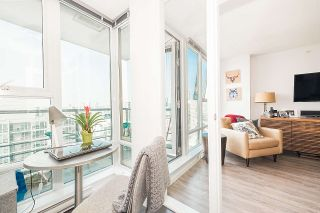 """Photo 8: 3302 602 CITADEL PARADE in Vancouver: Downtown VW Condo for sale in """"SPECTRUM 4"""" (Vancouver West)  : MLS®# R2197310"""