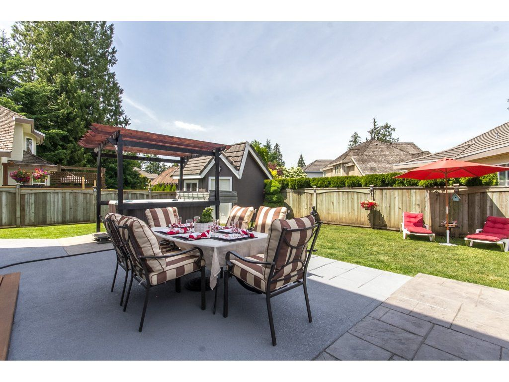 "Photo 56: Photos: 21113 44A Avenue in Langley: Brookswood Langley House for sale in ""CEDAR RIDGE"" : MLS®# R2173937"