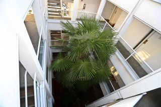 """Photo 32: 315 2175 W 3RD Avenue in Vancouver: Kitsilano Condo for sale in """"THE SEABREEZE"""" (Vancouver West)  : MLS®# R2521187"""