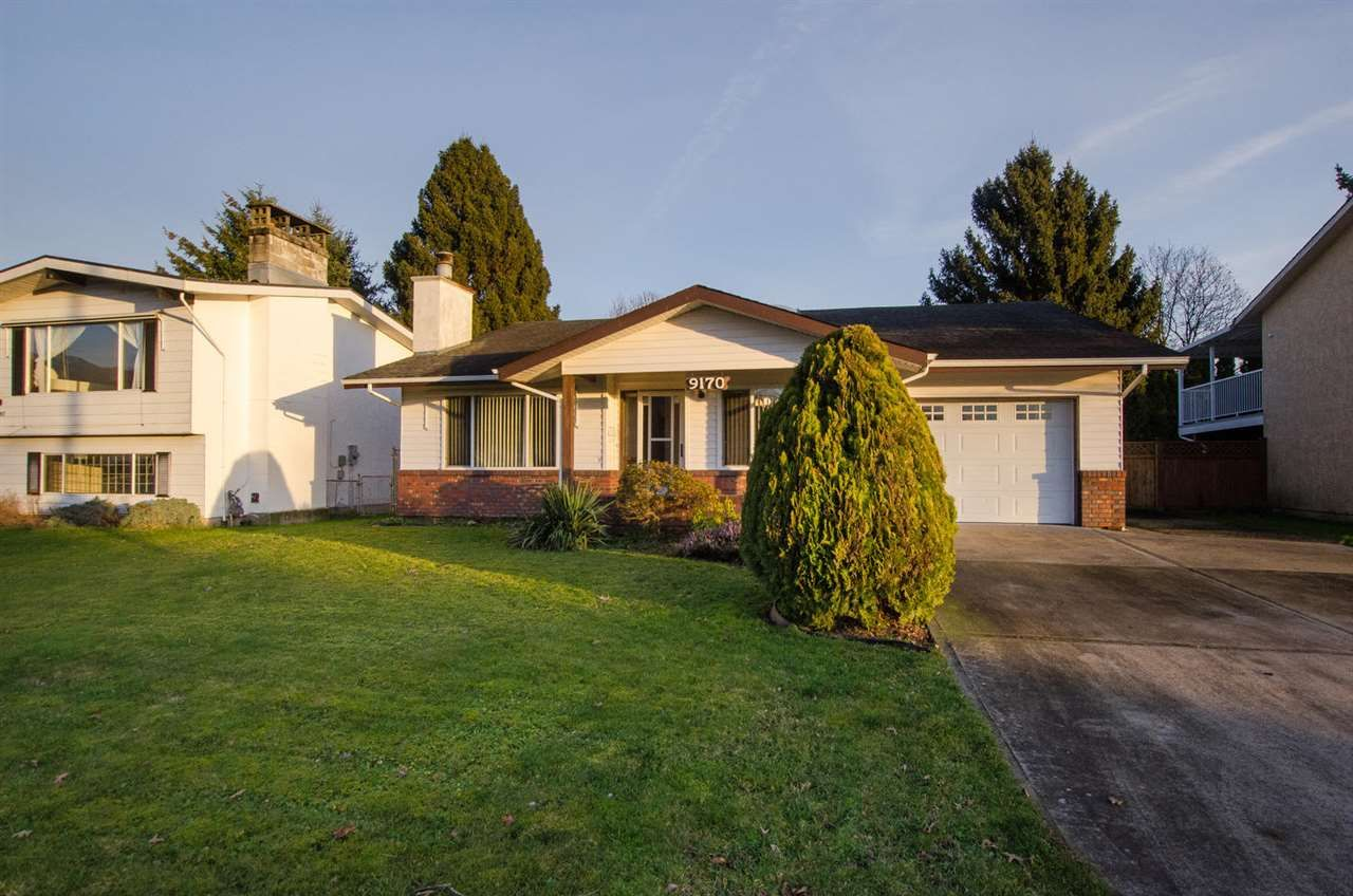 Main Photo: 9170 ASHWELL Road in Chilliwack: Chilliwack W Young-Well House for sale : MLS®# R2334356