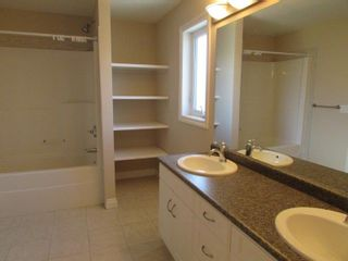 Photo 34: 1197 Hollands Way in Edmonton: House for rent