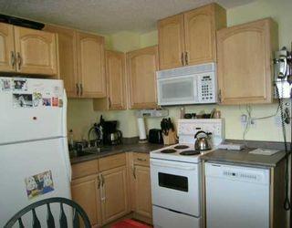 Photo 2: Mount Pleasant-527 19 Avenue NW-CALGARY-