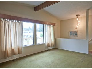 Photo 3: 33439 HOLLAND Avenue in Abbotsford: Central Abbotsford House for sale : MLS®# F1426833