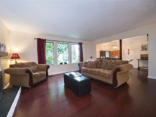 """Photo 5: 408 FERNHURST Place in Coquitlam: Coquitlam East House for sale in """"Dartmoor Heights"""" : MLS®# R2319741"""