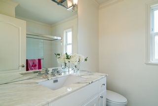 Photo 29:  in White Rock: Home for sale : MLS®# R2166390