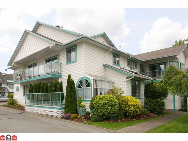 """Main Photo: 706 21937 48TH Avenue in Langley: Murrayville Townhouse for sale in """"ORANGEWOOD"""" : MLS®# F1026871"""