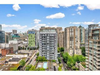 "Photo 1: 1905 1082 SEYMOUR Street in Vancouver: Downtown VW Condo for sale in ""FRESSIA"" (Vancouver West)  : MLS®# R2462933"