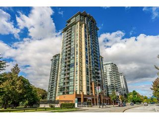 """Photo 2: 2504 10777 UNIVERSITY Drive in Surrey: Whalley Condo for sale in """"City Point"""" (North Surrey)  : MLS®# R2539376"""