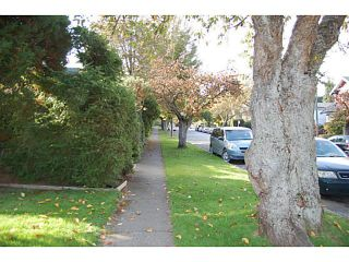 """Photo 13: 956 W 21ST Avenue in Vancouver: Cambie House for sale in """"CAMBIE VILLAGE"""" (Vancouver West)  : MLS®# V1033057"""