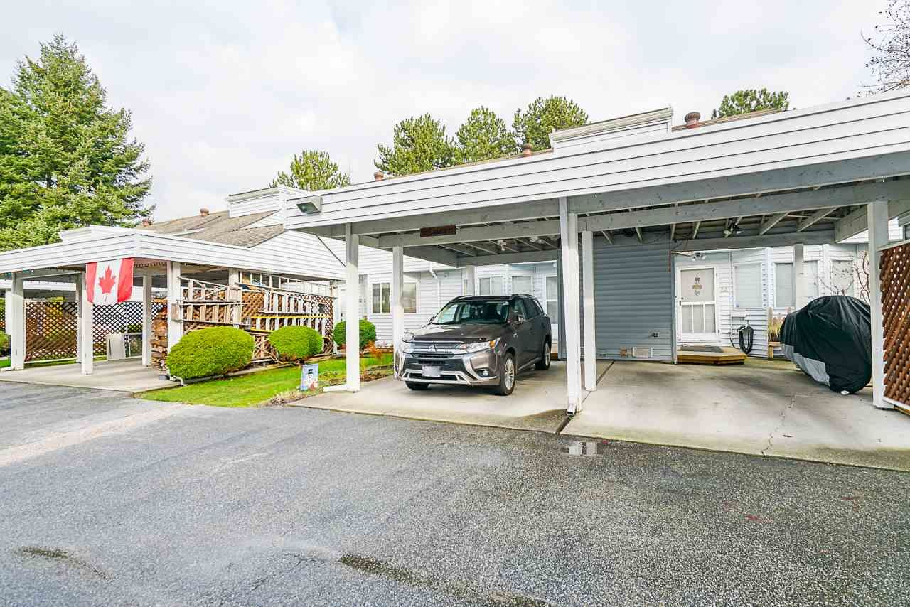 """Main Photo: 13 7540 138 Street in Surrey: East Newton Townhouse for sale in """"Parkwood"""" : MLS®# R2531407"""