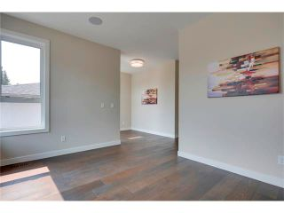 Photo 12: 3715 43 Street SW in Calgary: Glenbrook House for sale : MLS®# C4027438
