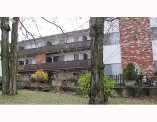 """Photo 10: 206 910 5TH Avenue in New Westminster: Uptown NW Condo for sale in """"GROSVENOR COURT"""" : MLS®# V799355"""