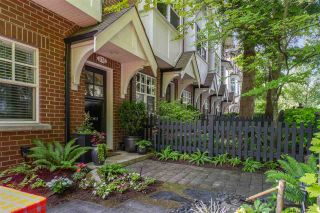 """Photo 3: 876 W 15TH Avenue in Vancouver: Fairview VW Townhouse for sale in """"Redbricks I"""" (Vancouver West)  : MLS®# R2506107"""