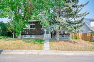 Main Photo: 7416 Hunterfield Road NW in Calgary: Huntington Hills Detached for sale : MLS®# A1129901