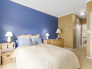 """Photo 10: PH10 511 W 7TH Avenue in Vancouver: Fairview VW Condo for sale in """"BEVERLY GARDENS"""" (Vancouver West)  : MLS®# R2156639"""