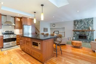 Photo 7: 15318 21 AVENUE in Surrey: King George Corridor House for sale (South Surrey White Rock)  : MLS®# R2428864