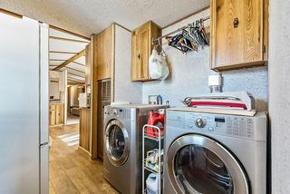 Photo 18: 301 Burroughs Circle NE in Calgary: Monterey Park Mobile for sale : MLS®# A1070742