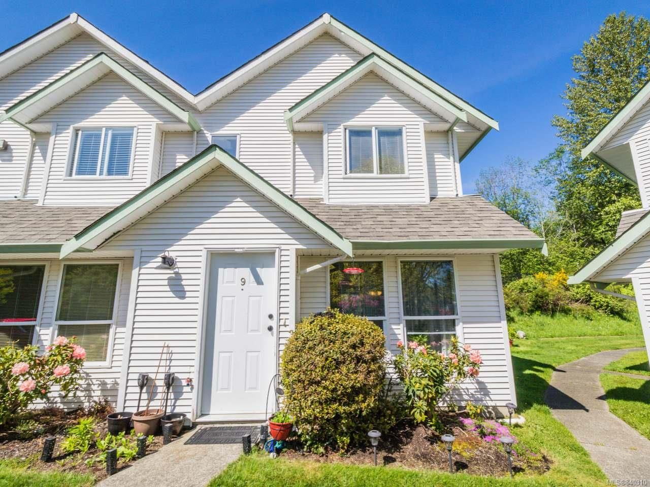 Main Photo: 9 1315 Creekside Way in CAMPBELL RIVER: CR Willow Point Row/Townhouse for sale (Campbell River)  : MLS®# 840310