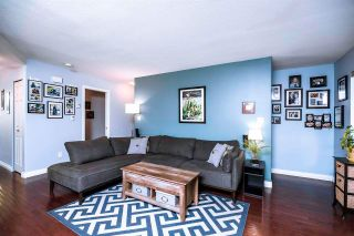 Photo 2: 4 907 CLARKE Road in Port Moody: College Park PM Townhouse for sale : MLS®# R2590906