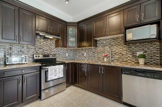 Photo 4: 63 7156 144 Street in Surrey: East Newton Townhouse for sale : MLS®# R2357612