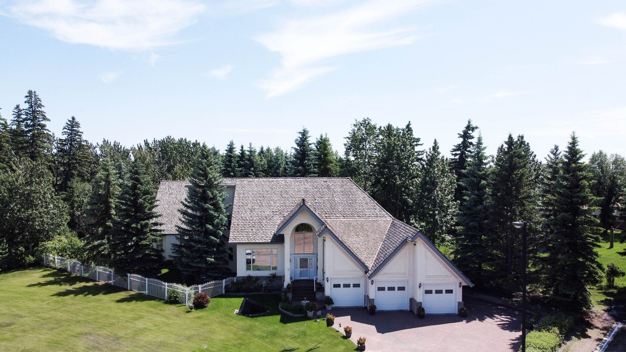 Main Photo: 43 Blackburn Drive in Edmonton: House for sale