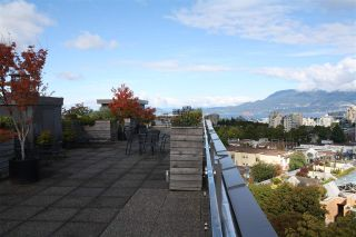 "Photo 5: 825 1445 MARPOLE Avenue in Vancouver: Fairview VW Condo for sale in ""HYCROFT TOWERS"" (Vancouver West)  : MLS®# R2206806"