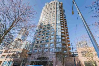 "Photo 1: 611 1189 HOWE Street in Vancouver: Downtown VW Condo for sale in ""GENESIS"" (Vancouver West)  : MLS®# R2568741"