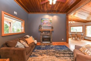 Photo 11: 2569 Dunsmuir Ave in : CV Cumberland House for sale (Comox Valley)  : MLS®# 866614