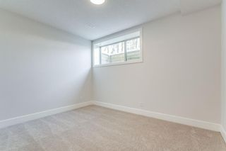 Photo 33: 23 Windsor Crescent SW in Calgary: Windsor Park Detached for sale : MLS®# A1070078