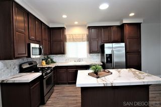 Photo 3: CARLSBAD WEST Manufactured Home for sale : 3 bedrooms : 7118 San Bartolo #3 in Carlsbad