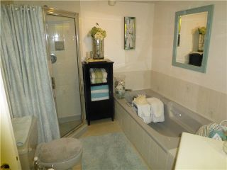 """Photo 12: 202 1378 FIR Street: White Rock Condo for sale in """"CHATSWORTH MANOR"""" (South Surrey White Rock)  : MLS®# F1434479"""