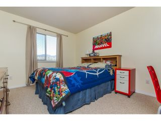 """Photo 13: 36014 STEPHEN LEACOCK Drive in Abbotsford: Abbotsford East House for sale in """"Auguston"""" : MLS®# R2158751"""