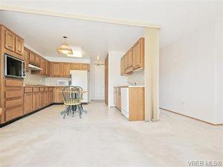 Photo 6: 401 1175 Newport Ave in VICTORIA: OB South Oak Bay Condo for sale (Oak Bay)  : MLS®# 743446
