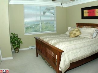 """Photo 8: 26 15065 58TH Avenue in Surrey: Sullivan Station Townhouse for sale in """"SPRINGHILL"""" : MLS®# F1027637"""