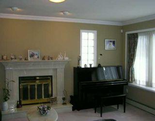 Photo 2: 2811 E 45TH AV in Vancouver: Killarney VE House for sale (Vancouver East)  : MLS®# V603998