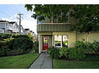 Main Photo: 522 ST. GEORGES Avenue in North Vancouver: Lower Lonsdale Townhouse for sale : MLS®# V1088673