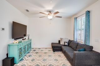 Photo 13: OCEANSIDE Townhouse for sale : 3 bedrooms : 4128 Rio Azul Way
