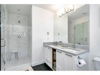 """Photo 18: 67 288 171 Street in Surrey: Pacific Douglas Townhouse for sale in """"THE CROSSING"""" (South Surrey White Rock)  : MLS®# R2547062"""