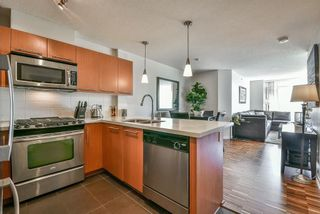 """Photo 1: 1001 2133 DOUGLAS Road in Burnaby: Brentwood Park Condo for sale in """"PERSPECTIVES"""" (Burnaby North)  : MLS®# R2322738"""