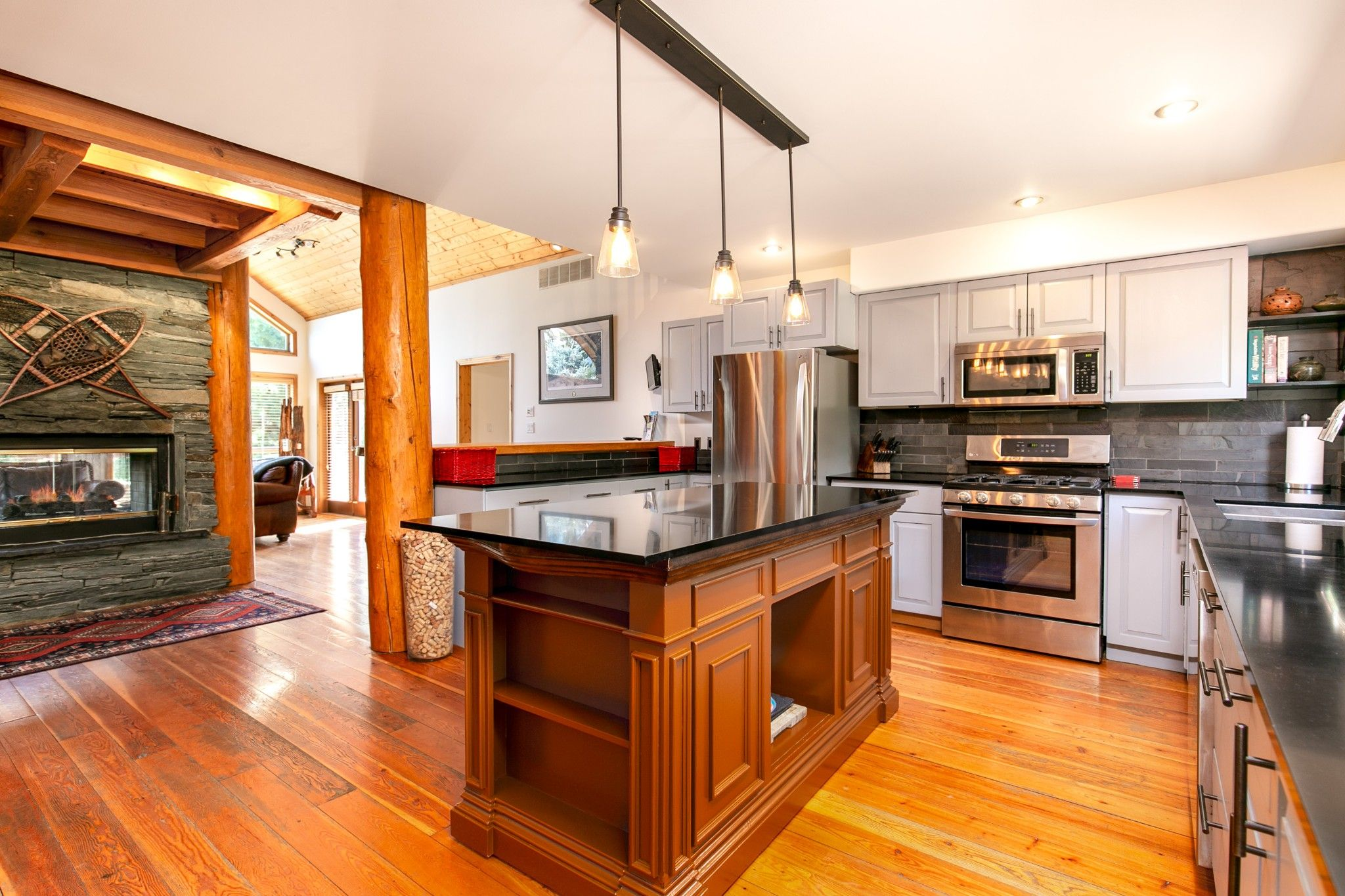 Photo 9: Photos: 1527 Fraser Road in Pembertin: House for sale