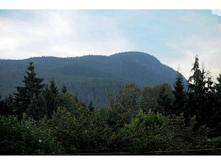Photo 13: 2602 LAURALYNN Drive in North Vancouver: Westlynn House for sale : MLS®# V1139474