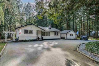 Photo 1: 14124 CRESCENT Road in Surrey: Elgin Chantrell House for sale (South Surrey White Rock)  : MLS®# R2552873