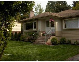 Photo 1: 515 W 23RD Street in North_Vancouver: Hamilton House for sale (North Vancouver)  : MLS®# V670812
