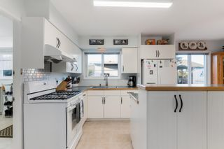 Photo 13: 16527 84 Avenue in Surrey: Fleetwood Tynehead House for sale : MLS®# R2625496