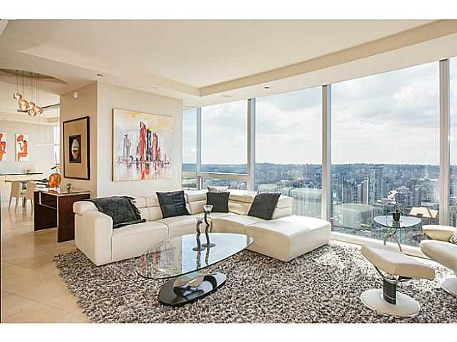 Main Photo: 3904 938 Nelson Street in Vancouver: Downtown VW Condo for sale (Vancouver West)  : MLS®# V1078351